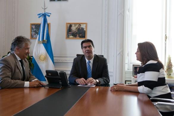 Capitanich recibe a la Senadora Aguirre y al Ministro de Infraestructura de La Rioja